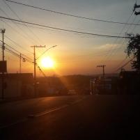Um pôr-do-sol quase bonito